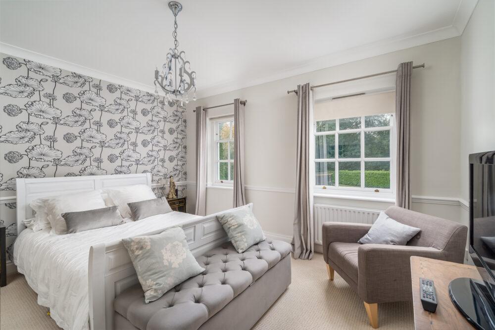 Prime property bedroom in Buckinghamshire commuterbelt