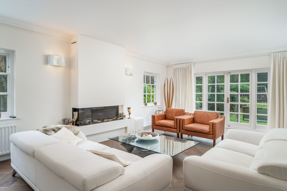 Luxurious living space in prime South Bucks property